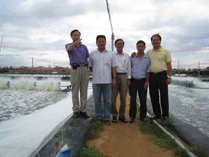 tham-quan-ao-tom-o-Ninh-Thuan